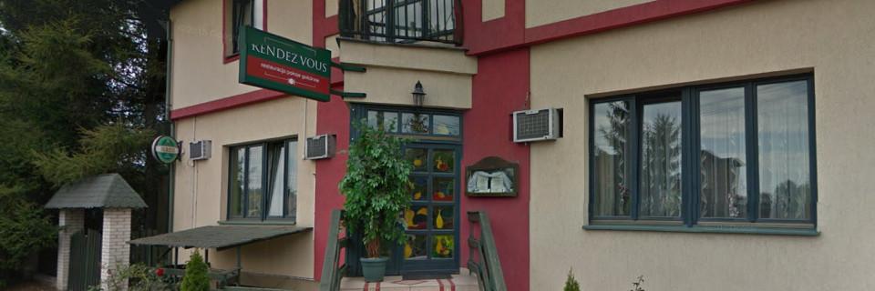 Pokoje, Restauracja
